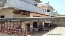 Villa confiscata complesso Alga Azzurra, discarica