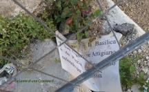 L'Aquila, città - Cartelli post terremoto